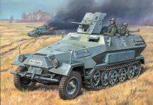 Zvezda Hanomag Sd.Kfz. - 251/1 Ausf B