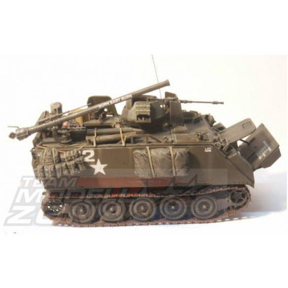 Tamiya US M113 Arm.Cavalry Assault Veh.(3) - makett