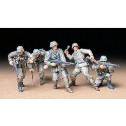 Tamiya German Front-Line Infantrymen - makett