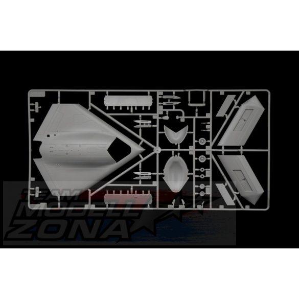 Italeri - 1:72 X-47B - makett
