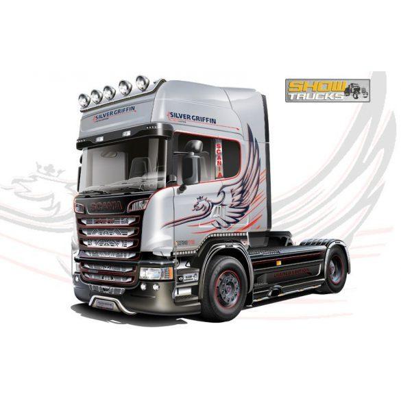 Italeri SCANIA R730 V8 STREAMLINE - SILVER GRIFFIN- makett
