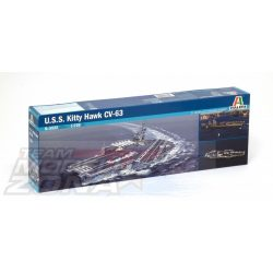 Italeri USS Kitty Hawk CV-63- makett