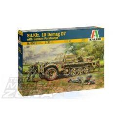 Italeri - 1:35 Sd. Kfz. 10 Demag D7 with German Paratroopers - makett